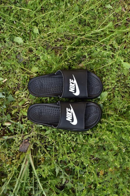 74af15b0a Classic Nike Sandal All Black