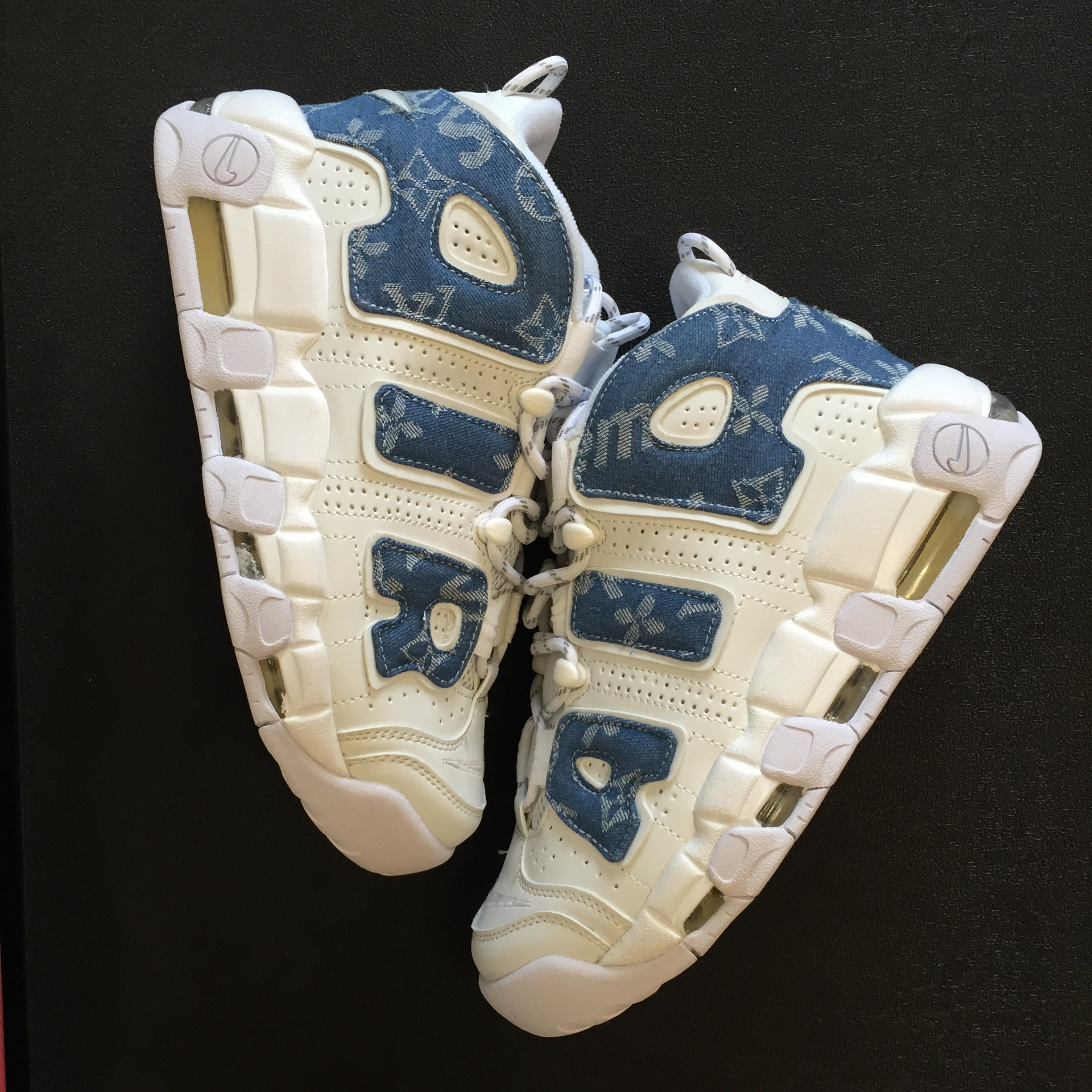 Louis vuitton x Supreme x Nike Air More Uptempo White Blue Shoes