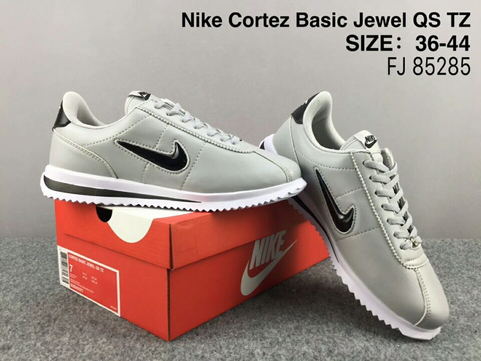 NiKe Cortez Basic Jewel QS TZ Grey Black Shoes