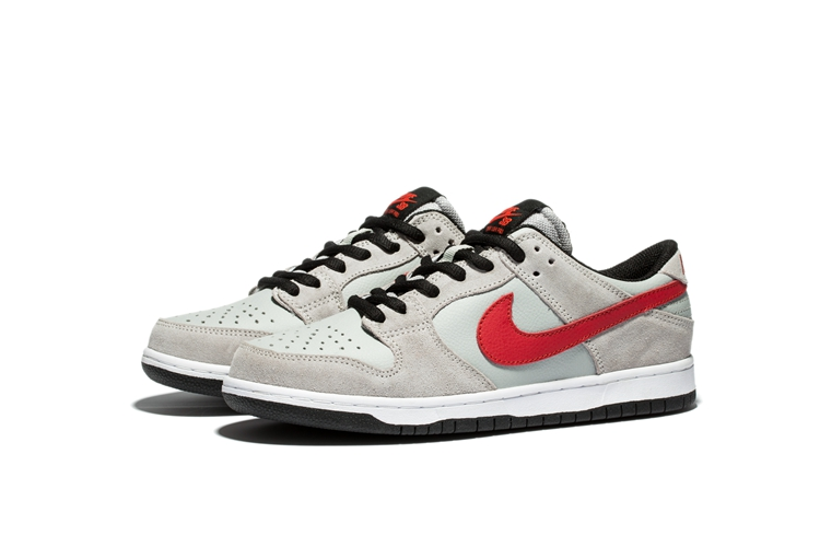 Men Nike Low Pro IW Sb Grey Black Red Shoes