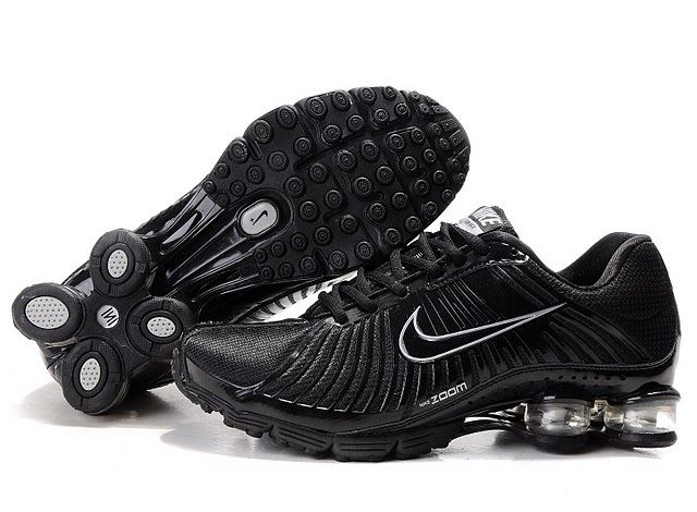 New Nike Shox R4 All Black Shoes