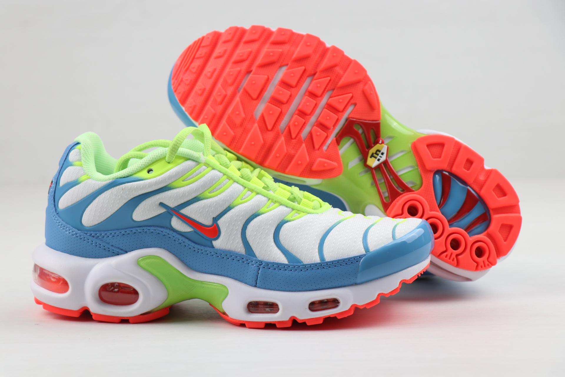 Nike Air Max PLUS White Blue Green Red For Women