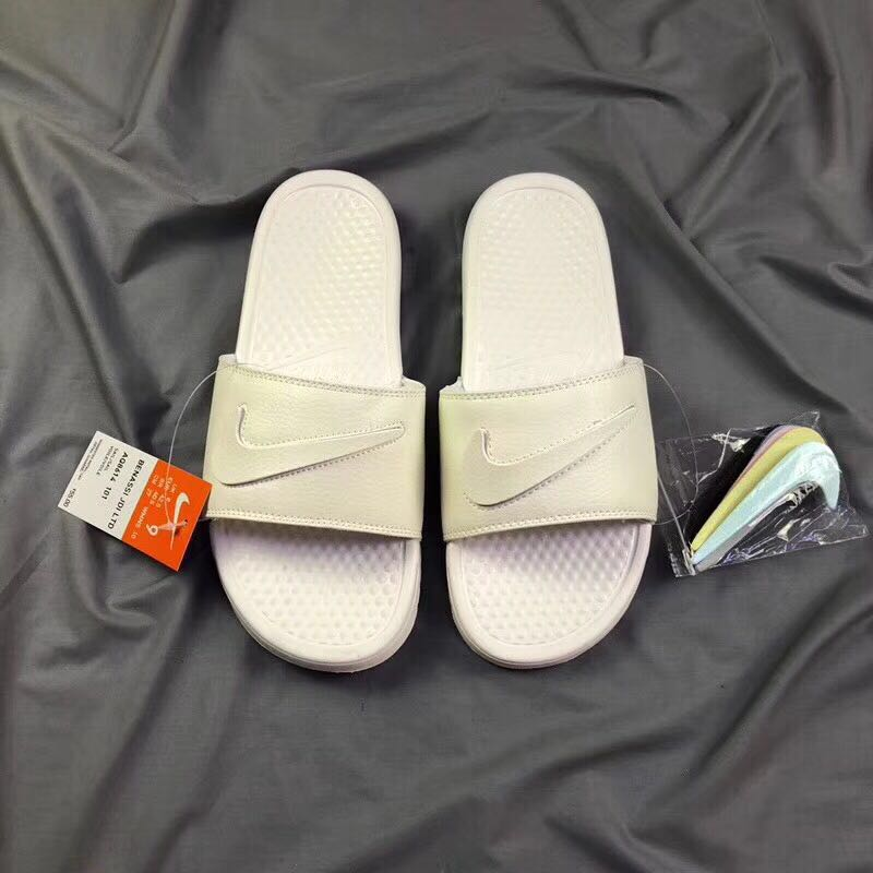 Nike Benassi JDI All White
