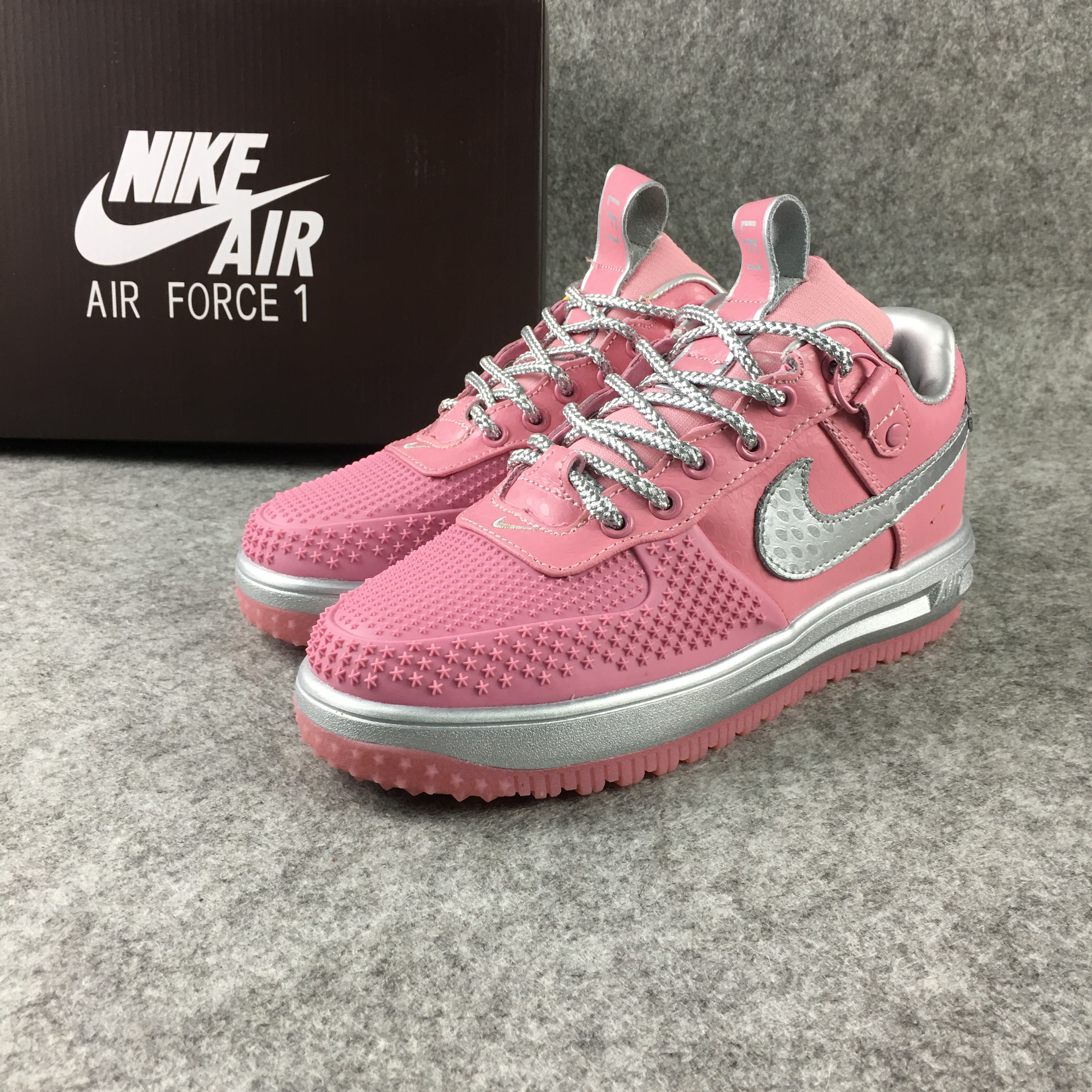 new product e55fc 39269 Women Nike Air Force