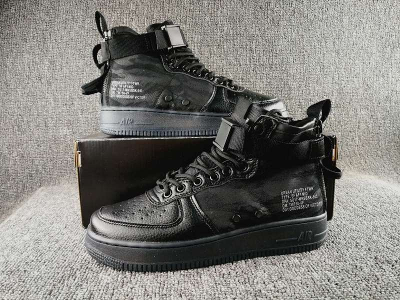 Women Nike Special Field SF AF1 Mid All Black Shoes
