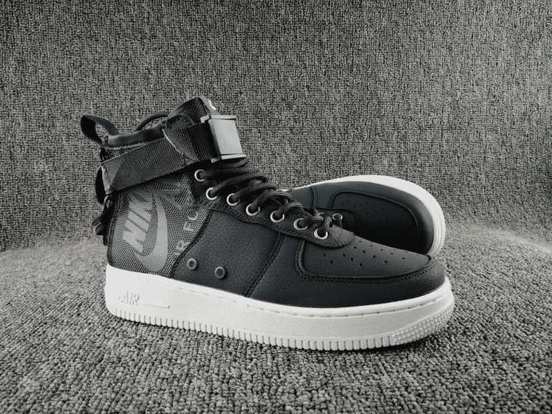 Women Nike Special Field SF AF1 Mid Black White Shoes