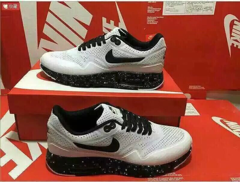 Nike Air Max 1 Ultra Moire White Black Shoes