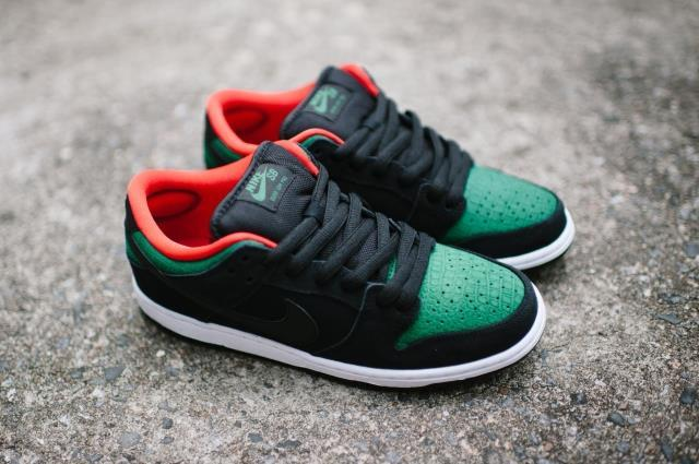 Nike Dunk Low Black Green Crocodile Shoes