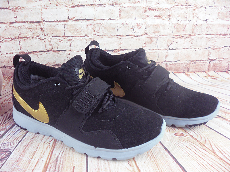 Nike Trainerendorl Black Gold Shoes