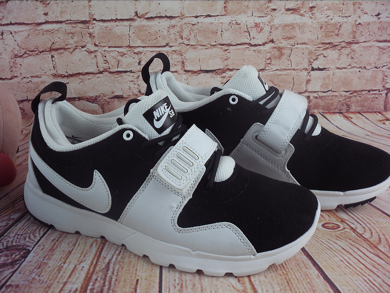 Nike Trainerendorl White Black Shoes