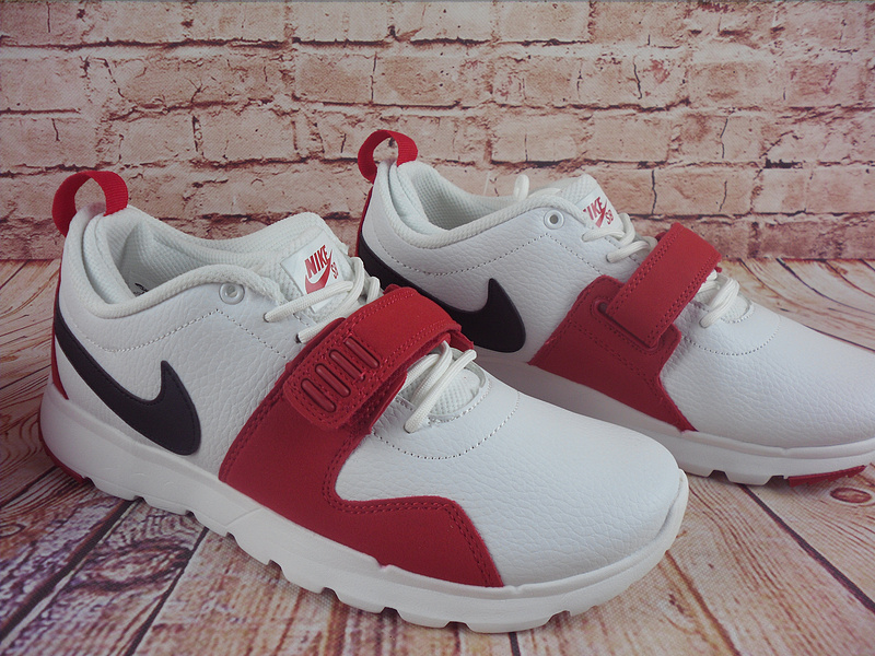 Nike Trainerendorl White Red Black Shoes