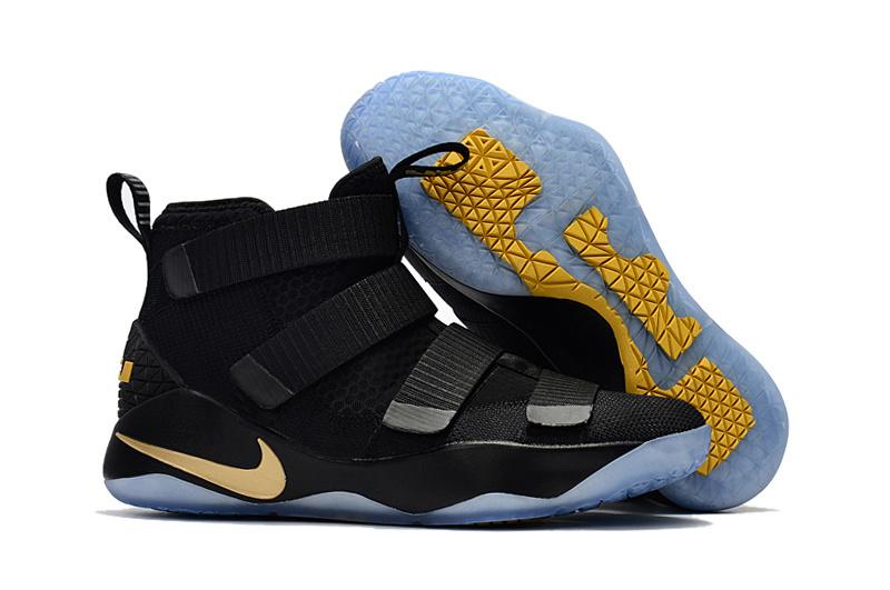 Women Nike LeBron Shoes